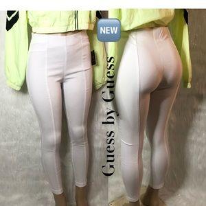 🆕 GUESS • white pants